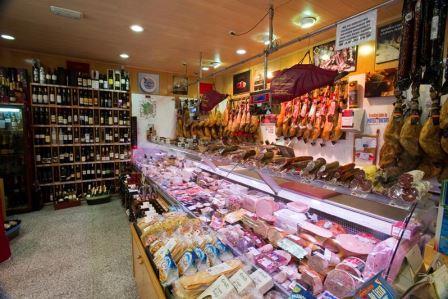Interior del Mercado de Chamberí